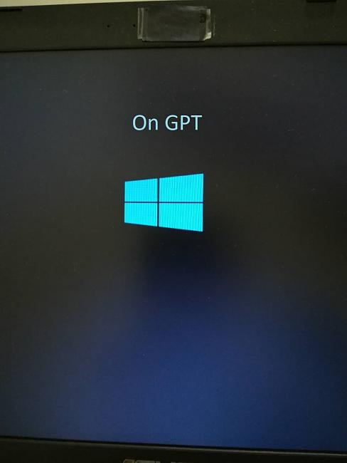 Windows boot logo deformation