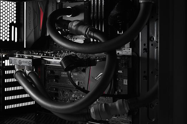 Click image for larger version.  Name:Liquid-Cooling-ASUS-Graphics-Card-9.jpg Views:29 Size:431.1 KB ID:54310
