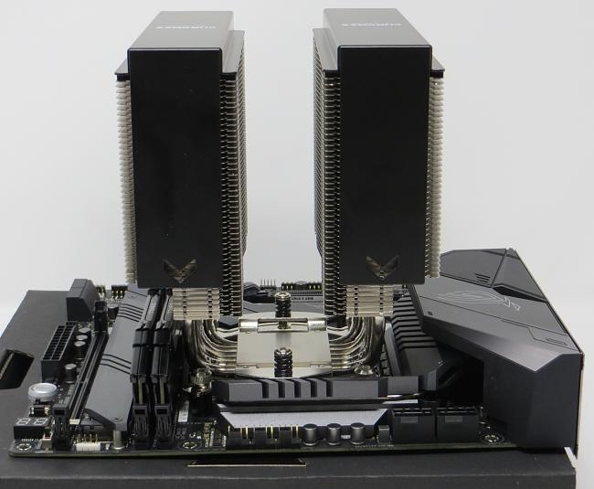 Click image for larger version.  Name:Motherboard_3.jpg Views:1 Size:1.09 MB ID:81580