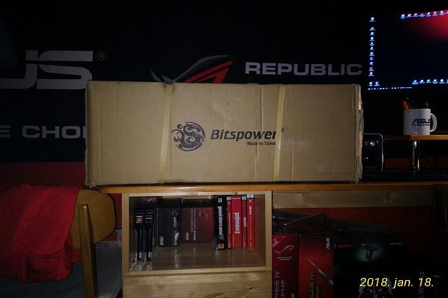 Click image for larger version.  Name:bitspower_package001.jpg Views:0 Size:335.1 KB ID:82155