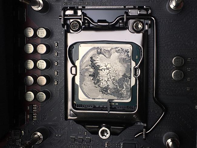 Click image for larger version.  Name:cpu thermalpaste.jpg Views:4 Size:610.5 KB ID:66832