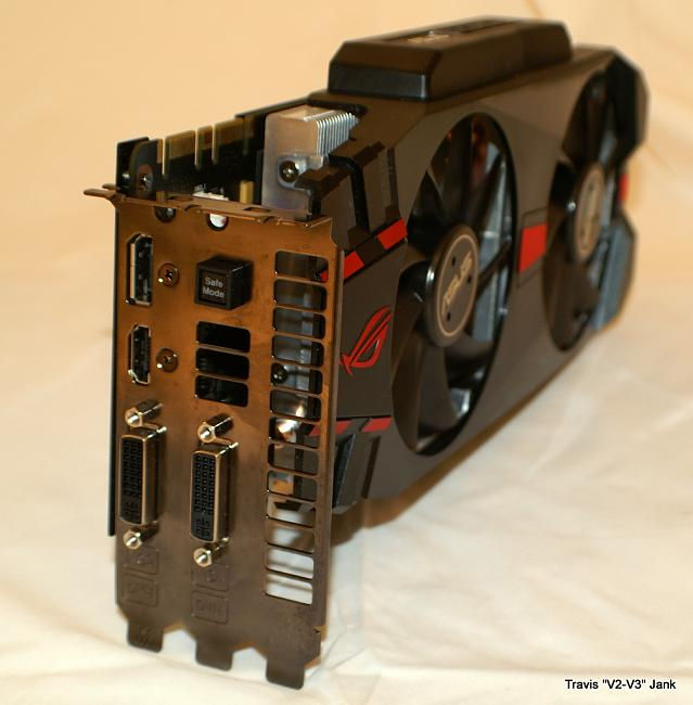 ASUS Matrix GTX 580 Platinum ports and connectors pictured
