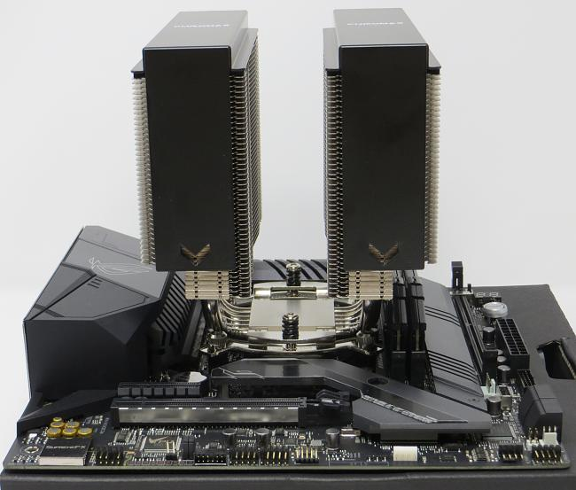 Click image for larger version.  Name:Motherboard_5.jpg Views:0 Size:1.23 MB ID:81581