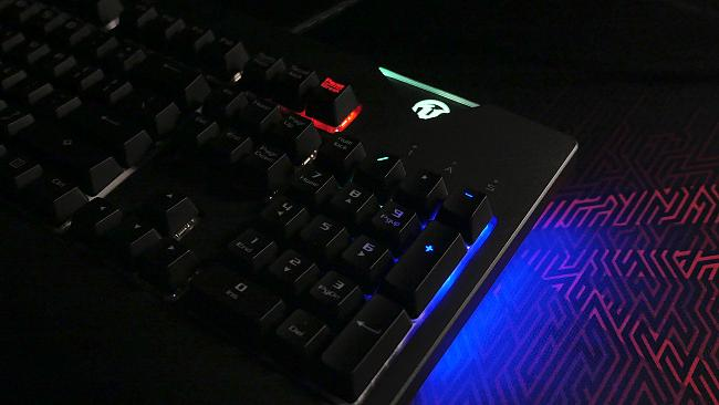 Click image for larger version.  Name:LEDs.Right.jpg Views:0 Size:130.9 KB ID:73876