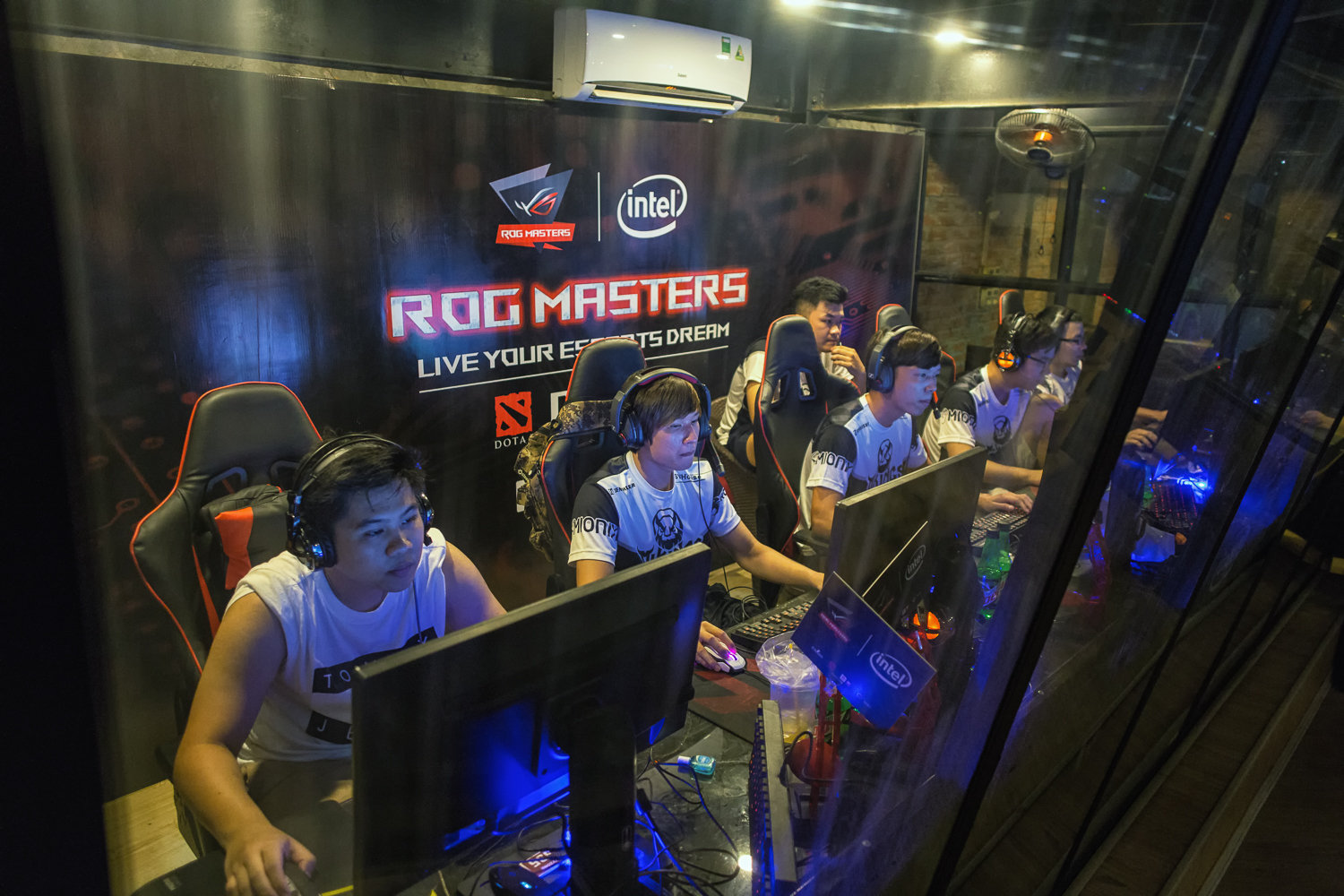 rog-masters-vietnam-330-scaled