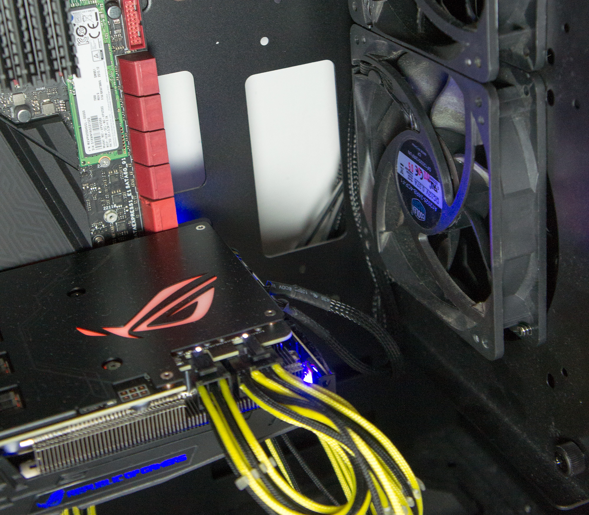 What Is Asus Fancontrol On The Rog Strix Gtx 1080 And 1070 Wiring Two Fans In Series Fan Connect 2