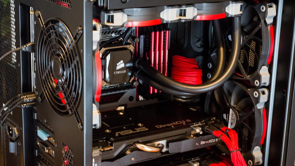 New generation consoles concede that PC Gaming is the way to go! | ROG - Republic of Gamers Global