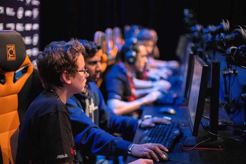 What it takes to go pro at CS:GO | ROG - Republic of Gamers Global