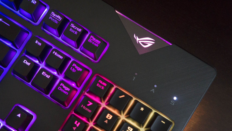 9c7326684f9 The ROG Strix Flare is a customizable keyboard that you can personalize at  home | ROG - Republic of Gamers Global
