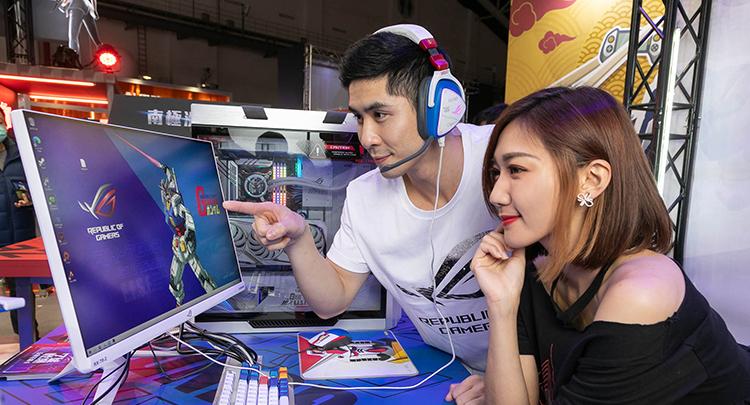 ROG打造台北電玩展No.1朝聖點 鋼彈聯名主題區華麗進駐
