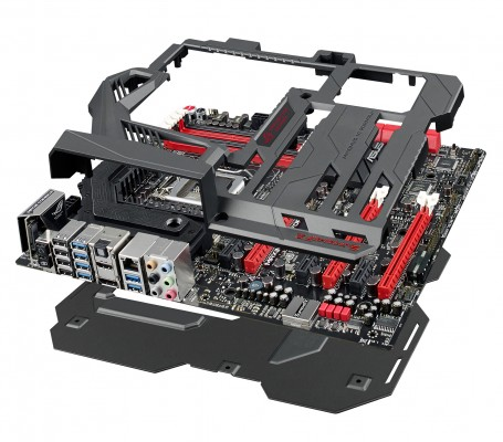ASUS-ROG-Maximus-VI-Formula-Z87-gaming-motherboard_double-sided-ROG-Armor