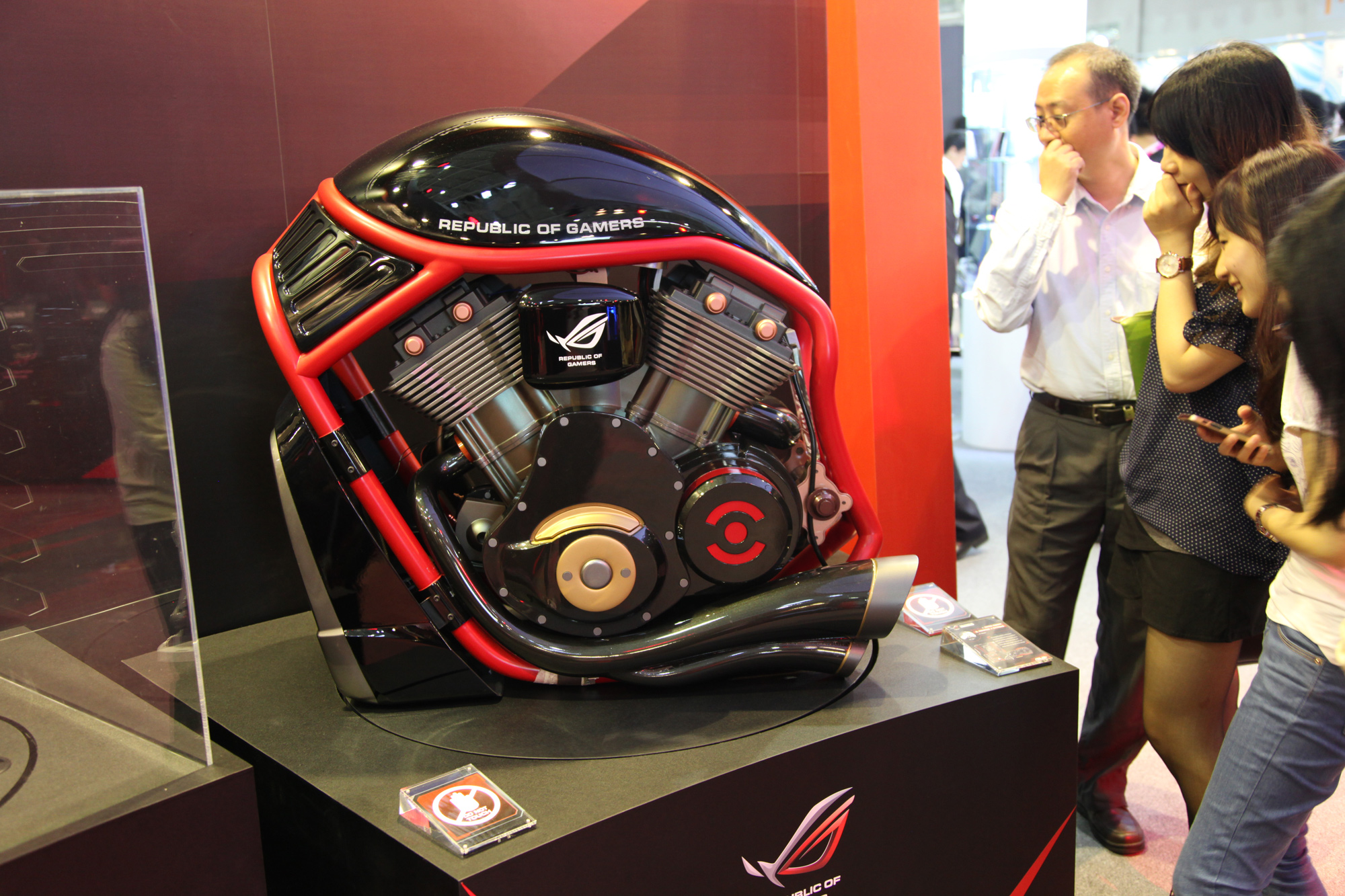 computex 2015 asus rog announces new generation of gaming gear rog republic of gamers global. Black Bedroom Furniture Sets. Home Design Ideas